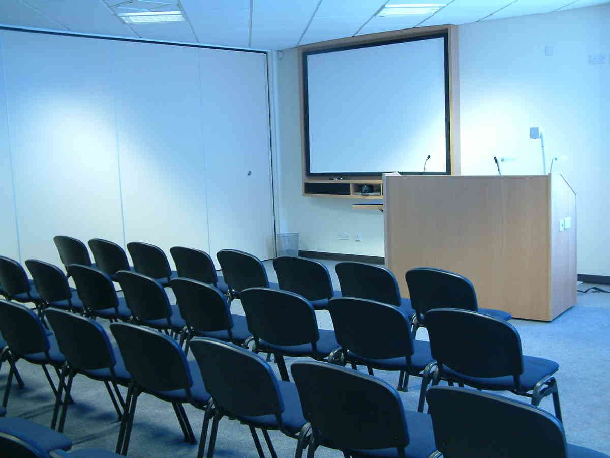 conference room 1 1487537